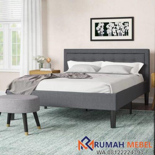 Tempat Tidur Minimalis Kayu Berlapis Busa