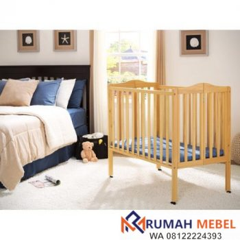 Tempat Tidur Bayi Box Lipat