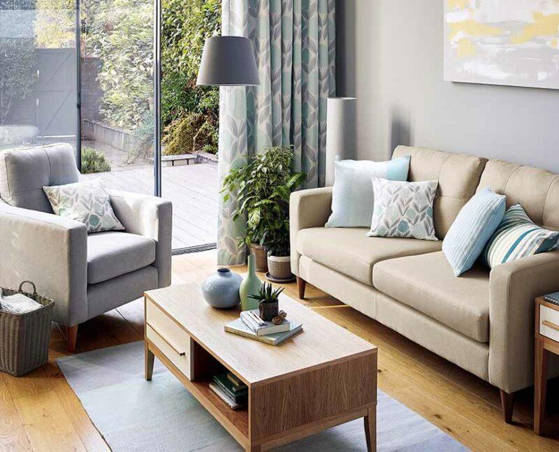 cara menata ruang tamu sederhana